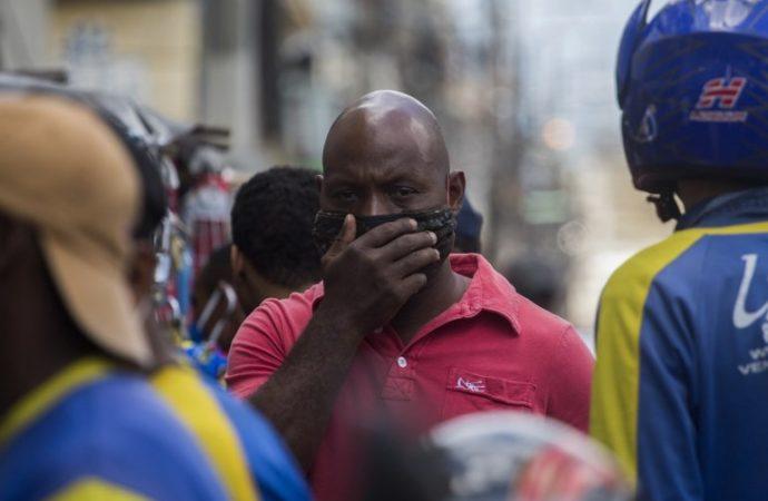 Denuncian supuestos actos corrupción en República Dominicana en medio de pandemia