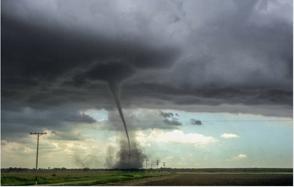 Al menos seis muertos por el paso de un tornado por el sur de Estados Unidos