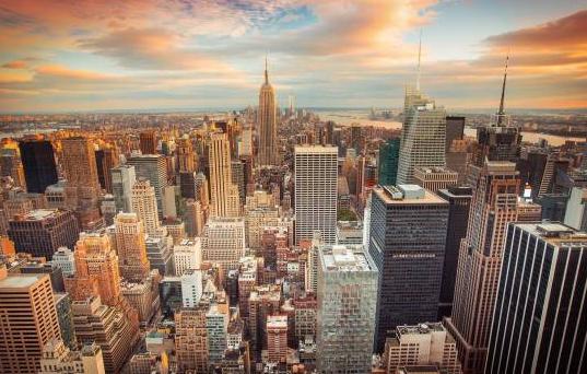 Nueva York advierte a Trump: la economía no se recuperará sin la Gran Manzana