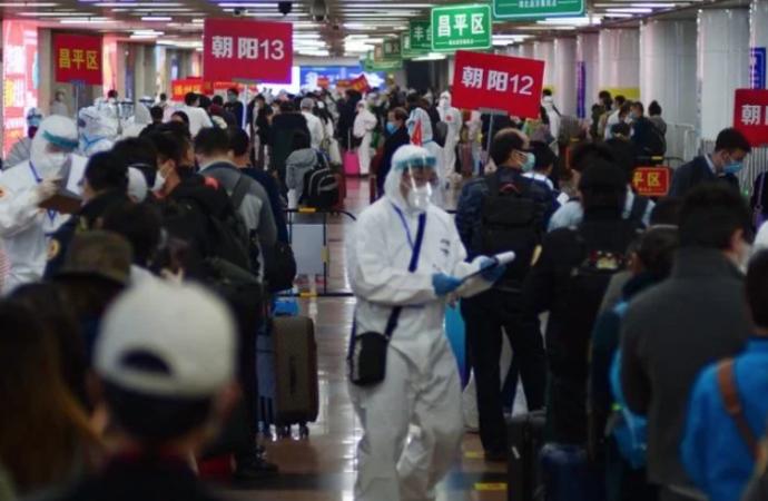 La ciudad china de Wuhan eleva su cifra de fallecidos por COVID-19 en 1.290 personas