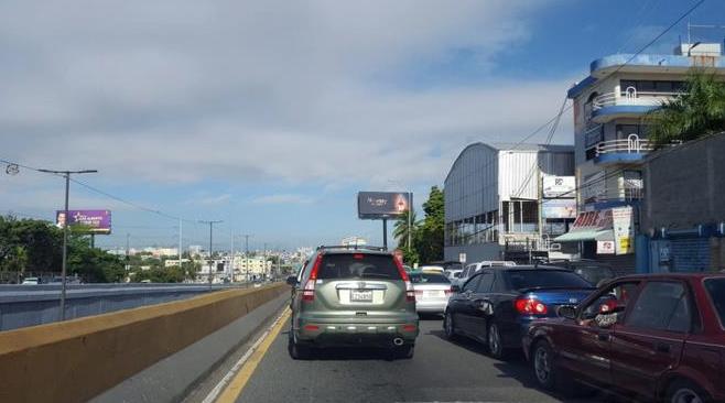 Cierran paso vehicular del túnel Las Américas entre SDE y Distrito Nacional