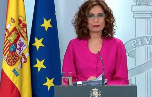 España permite breves salidas de menores de 14 años acompañados de un adulto