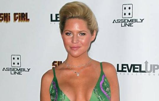 Hallan muerta a exmodelo de Playboy Ashley Mattingly en aparente suicidio