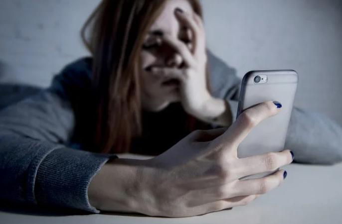 Clientes de telefónicas se quejan por hostigamiento para que paguen