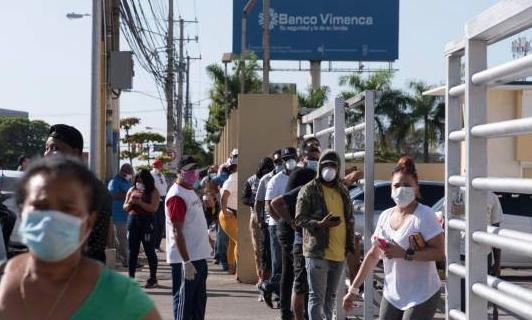 La pandemia provoca una caída de 21 % en el envío de remesas hacia República Dominicana
