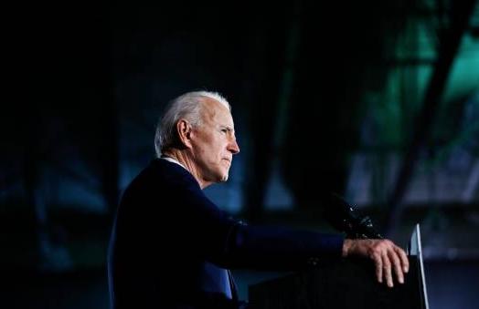 Trump insta a Biden a 'responder' acusaciones de abuso sexual en su contra