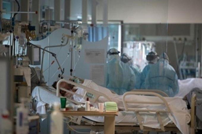 Aumentan a 380 los muertos por coronavirus