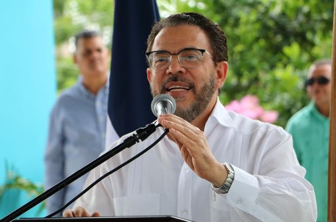 """Guillermo Moreno: """"No se puede seguir dando cheques en blanco al PLD"""""""