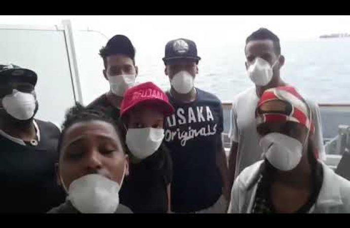 Jóvenes dominicanos en peligro piden auxilio   El Jarabe 02/05/20