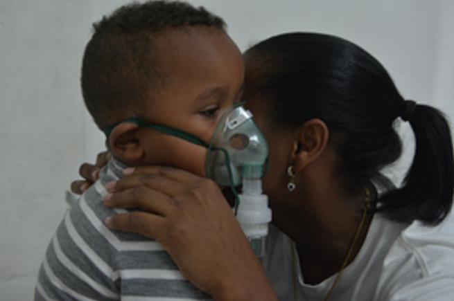 Si el humo ocasiona mareos, dolor de pecho y dificultad al respirar debe acudir al médico de inmediato
