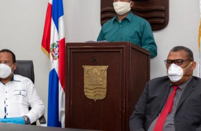 Alcalde de Puerto Plata Roquelito García pega el grito