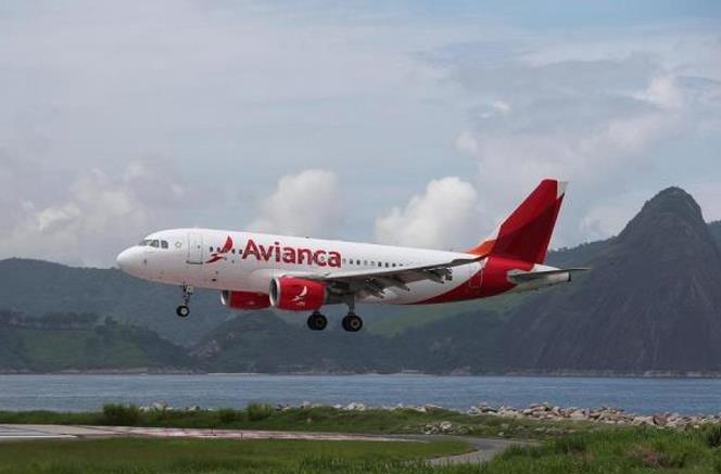 Avianca pide acogerse a ley de bancarrota en Estados Unidos por pandemia
