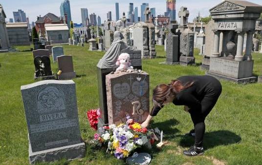 EE.UU. supera los 84.000 fallecidos y 1,38 millones de contagios por el COVID-19