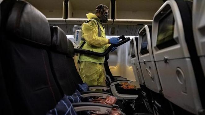 Aerolíneas prevén reanudación de los vuelos nacionales en junio
