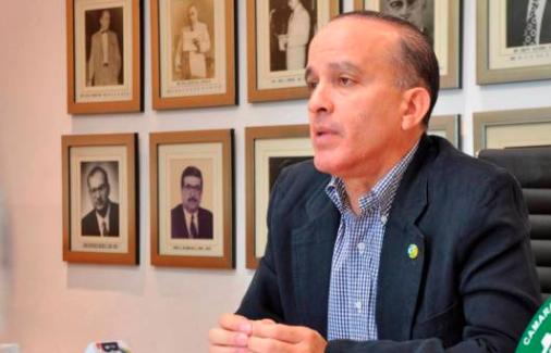 Empresarios y comerciantes de Santiago dicen crisis no puede financiarse con fondos de pensiones