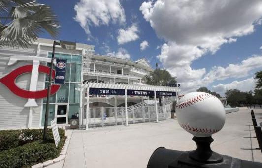 MLB presentará el martes propuesta económica para comenzar a jugar en julio