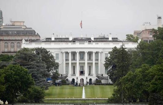 Los gritos de 'no puedo respirar' llegan hasta la Casa Blanca
