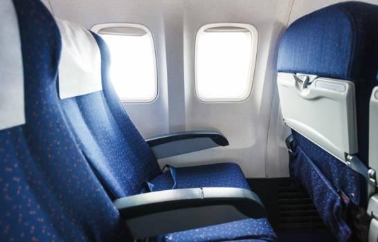 Conflicto a la vista: Aerolíneas rechazan dejar asientos vacíos en los vuelos por COVID-19