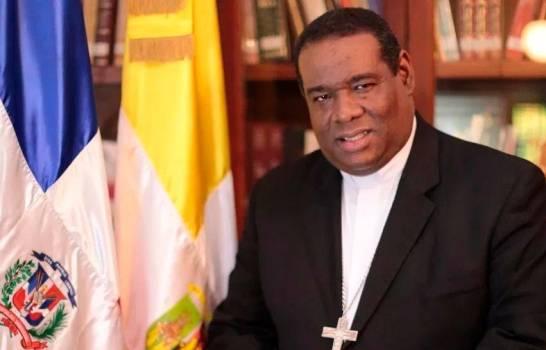 """Obispo dice JCE está obligada a """"garantizar a toda costa"""" el voto en el exterior"""