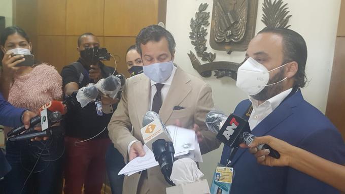 PRM denuncia Vicepresidenta y otros 96 aspirantes a cargos electivos están violando la ley electoral