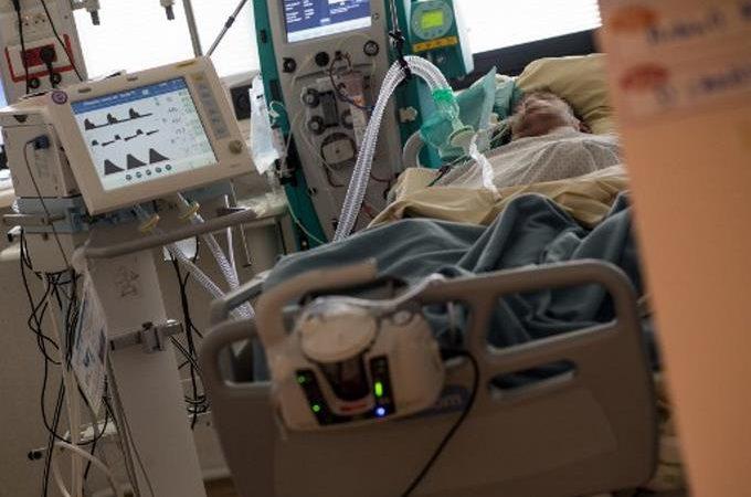 Reportan 126 pacientes con coronavirus en intensivo y de estos 64 con ventilación mecánica
