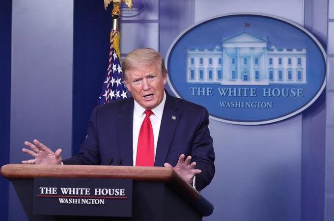 """Trump sale en defensa de manifestantes armados: """"Son personas muy buenas"""""""