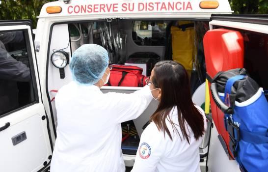 Denuncian cientos de médicos de Santiago no han recibido incentivo ofrecido por el Gobierno