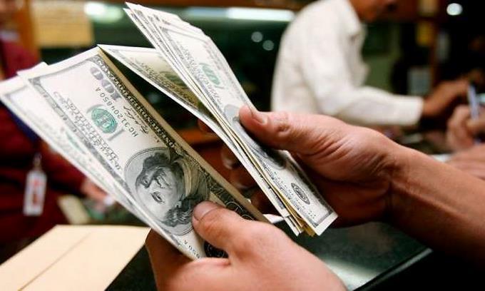 La entrada de préstamos internacionales presionaría a la baja del dólar