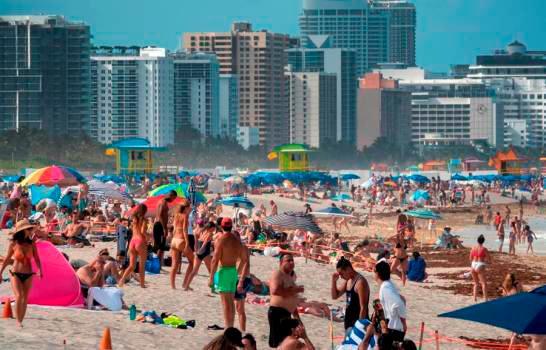 Multa de 50 dólares a quienes no usen máscara en Miami Beach