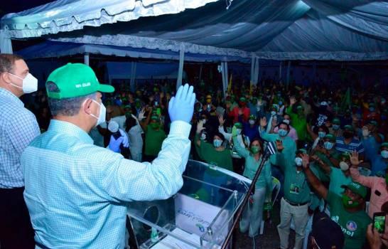 Leonel califica de irresponsable a Danilo al imponer un candidato que no está capacitado para gobernar un país