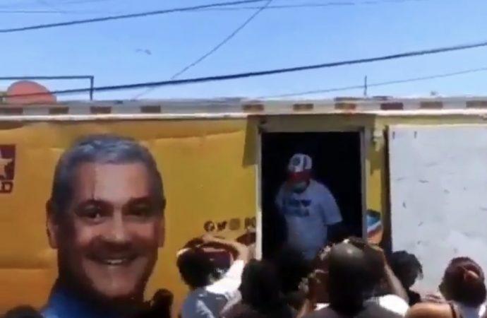 Danilo y su Penco tratan a la gente pobre como basura