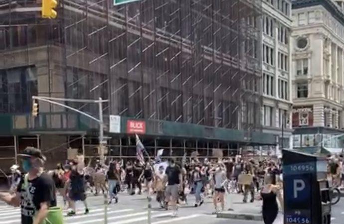 Manhattan marcha contra el racismo este sábado en la tarde