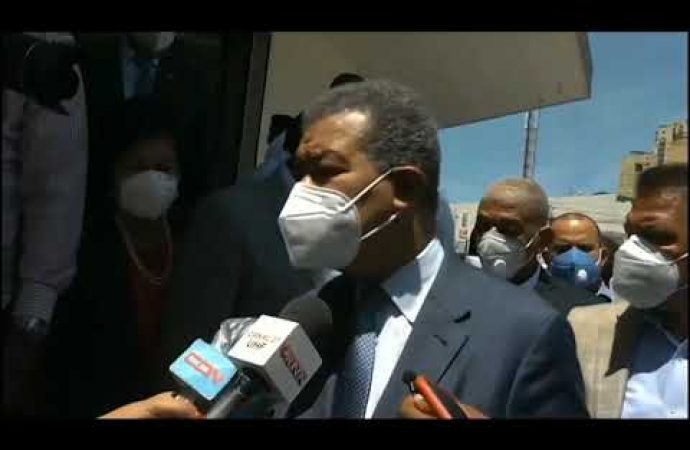 Leonel Fernández confronta a Danilo Medina | El Jarabe 08/06/20