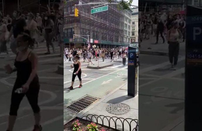 Manhattan marcha contra el racismo este sábado en la tarde   El Jarabe 06/06/20