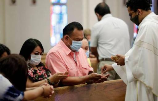 Gobierno da luz verde a las iglesias para realizar cultos solo los domingos
