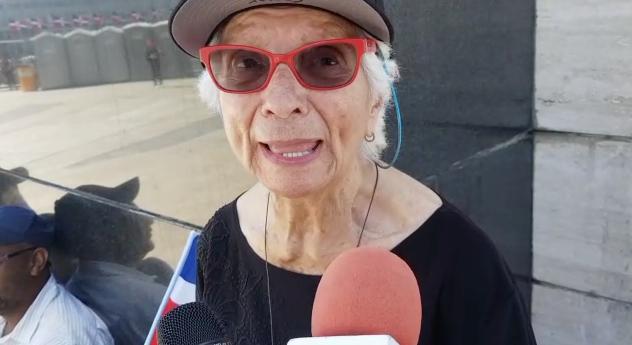 Dama de 87 años pide a la juventud echar al PLD del poder
