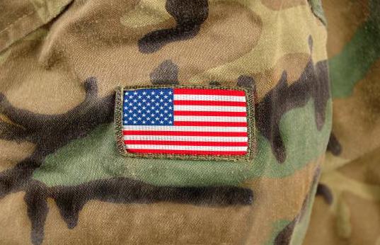 Ejército de EEUU considera cambiar nombre de bases que homenajean a proesclavistas