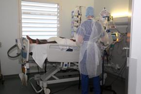 Aumentan a 134 los pacientes en cuidados intensivos por coronavirus
