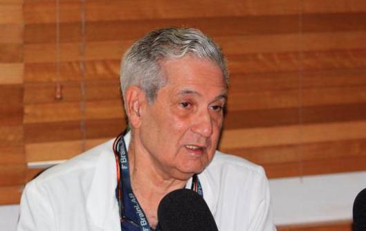 Neurocirujano José Joaquín Puello alerta población sobre cuidado ante COVID-19