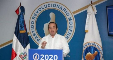 PRM denuncia PLD promueve mensajes falsos para dañar a Luis Abinader