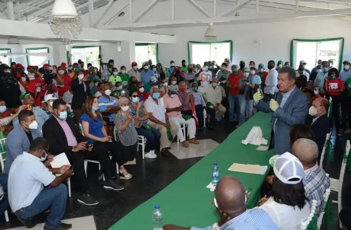 Leonel reitera su compromiso con bases PLD; promete gobierno de unidad nacional