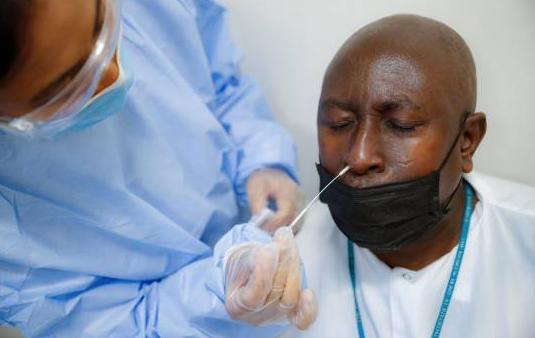 Aumenta la brecha entre Trump y asesores sanitarios en pleno repunte de casos