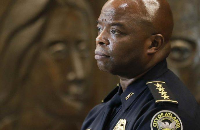 Policías de Atlanta se reportan enfermos en protesta tras el arresto de un oficial por el asesinato de Rayshard Brooks