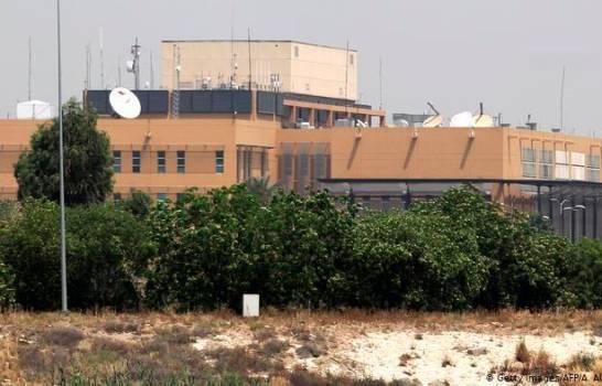 Cuatro cohetes explotan cerca de la embajada de EEUU en Irak