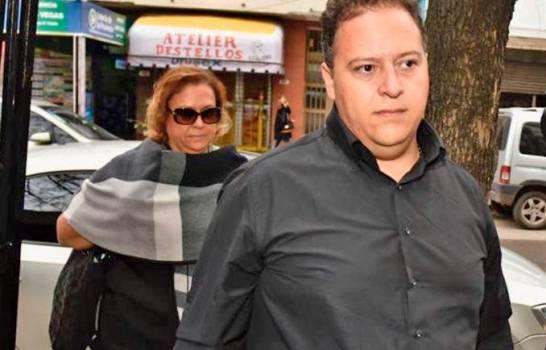 Envían a juicio en Argentina a viuda e hijo de Pablo Escobar y a Chicho Serna