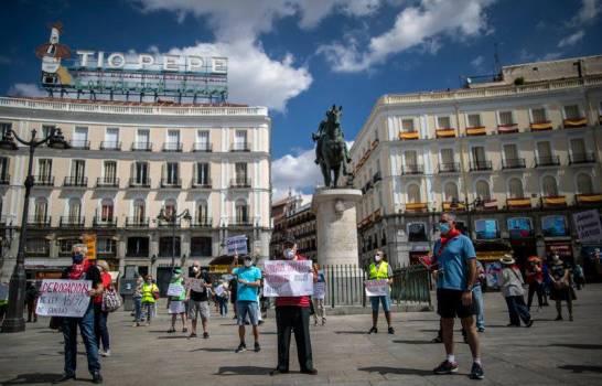 España extiende estado de emergencia por dos semanas más