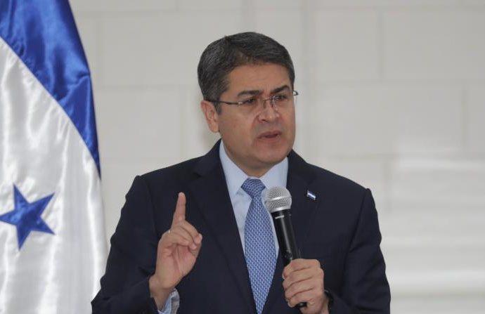 Presidente de Honduras y su esposa contagiados con COVID-19