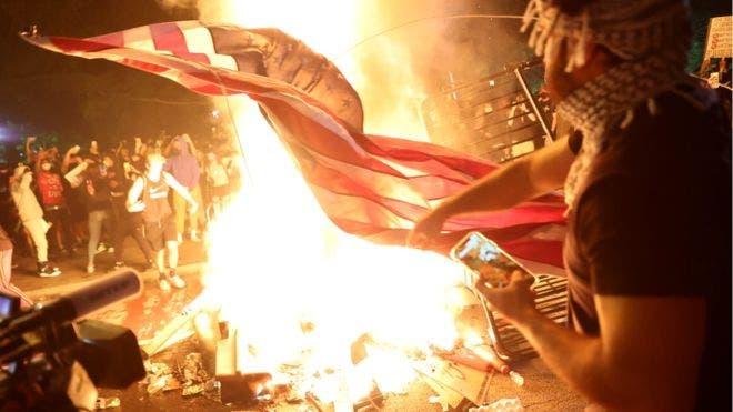 Incendios cerca de la Casa Blanca, enfrentamientos y saqueos: así vive EE.UU. «los peores disturbios desde la muerte de Martin Luther King»