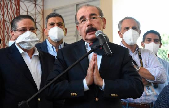 Danilo Medina nombra a los seis funcionarios que forman su comisión de transición gubernamental