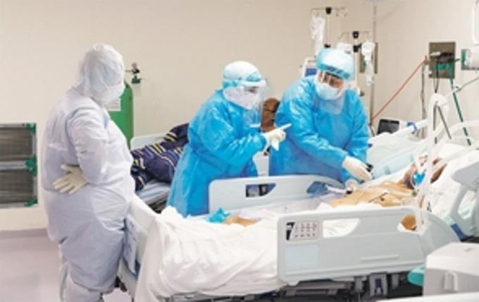 Colegio Médico pide a Danilo Medina tomar medidas urgentes para evitar el colapso sanitario